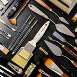 🖌Quel que soit votre technique, votre univers, vos envies, la ptite usine 🏭 fait tout pour vous dénicher l'outil parfait !  . 💥Découvrez notre gamme de pinceaux et lancez vous !!! 🖌🎨 Raphaël / Isabey / Da Vinci / Sennelier . . . #laptiteusine #lpuacademie #brush #pencilart #artwork #bastia #ajaccio #brushpen #artist